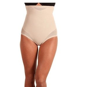 Miraclesuit MED Extra Firm Tummy Control 2785 NWT